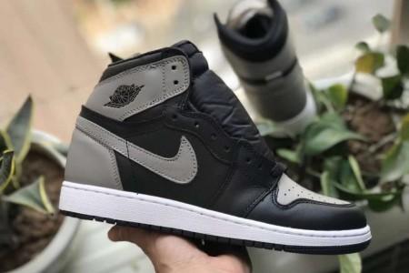 科普:市售AJ1影子酷灰各版本外观鞋型对比