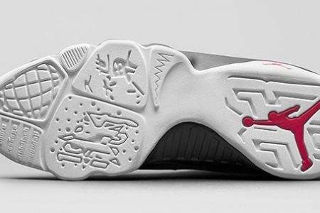 球鞋鉴定圈就是个笑话!这个笑话随着发展确实应该改变模式了