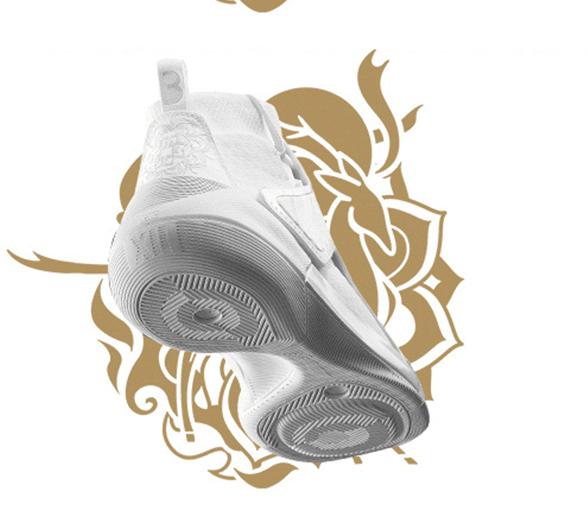 """李宁又一重磅产品发售:迈克勒姆专属驭帅 XII """"敦煌"""" 特别版战靴"""